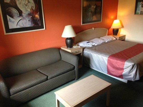 Motel 6 Danville : Room