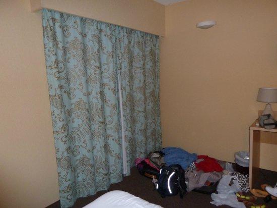 Massenet Hotel: room 111