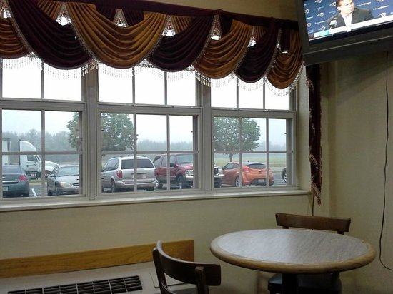 Microtel Inn & Suites by Wyndham Cottondale/tuscaloosa : The breakfast nook