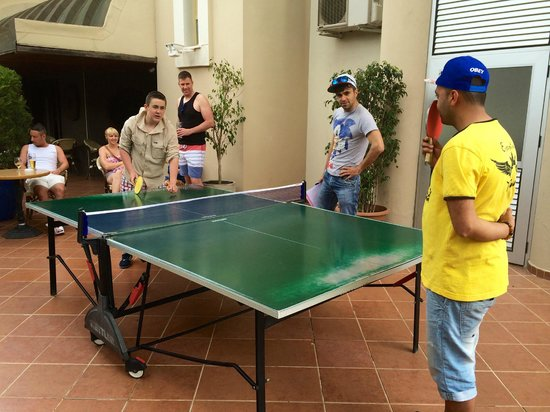 Cettia Apart Hotel: TABLE TENNIS