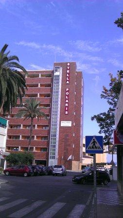 Pierre & Vacances Residenz Torremolinos Stella Polaris: Front of hotel