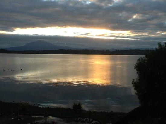 Cabaña del Lago Hotel: sunset