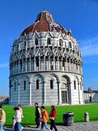 Battistero di Pisa