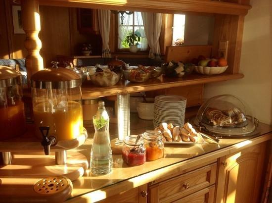 Hotel-Pension Bloberger Hof: sala colazione