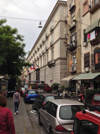 Palazzo Caracciolo Napoli MGallery by Sofitel: Impressive Facade