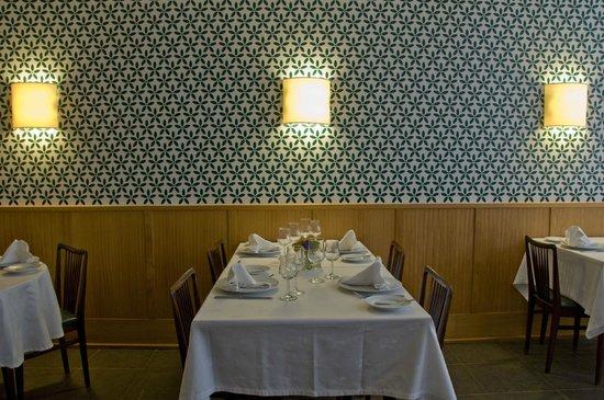 O Laranjeira: Pormenor mesa