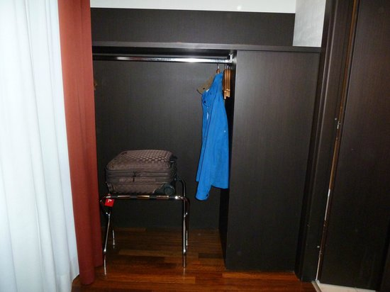 TownHouse 70 : room 309
