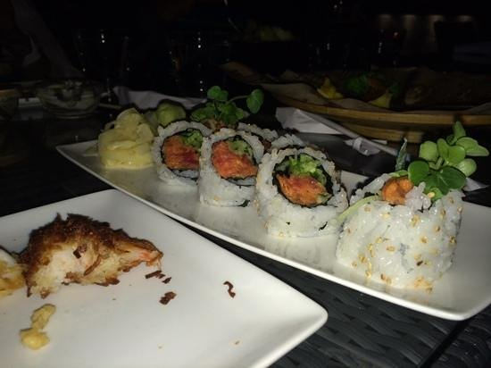 Pacific Catch : sushi rolls
