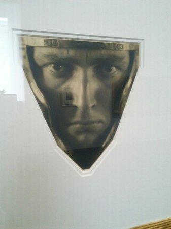 Städel Museum: Рудольф Коппитц. Голова мужчины в шлеме