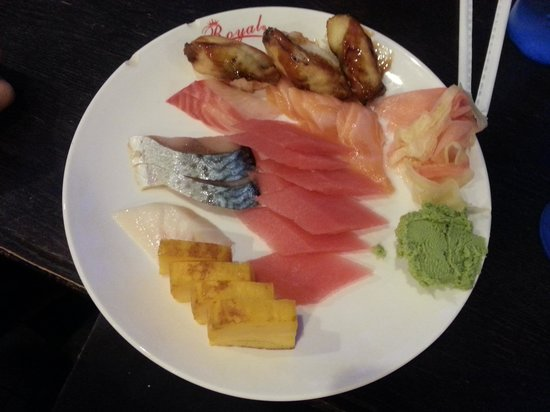 Royal Buffet : sushi and sashimi