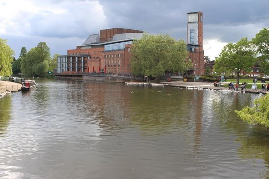 The Royal Shakespeare Theatre: Royal Shakespeare Theatre, Stratford