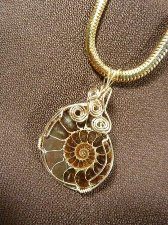 Island Craft Shop Cooperative: Wire Wrapped Jewelery  by Patti Malone