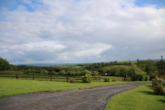 Hillview House Bed & Breakfast Clare: The Views