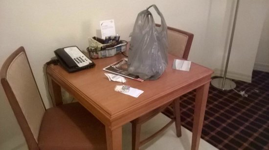 Residence Inn Atlanta Downtown: Kitchen table/work desk