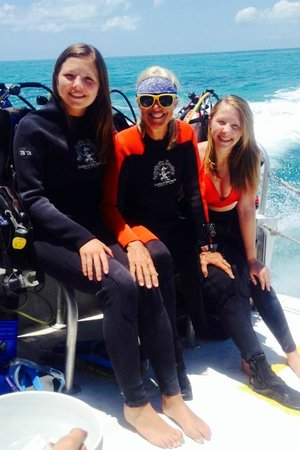 Captain Hook's Marina & Dive Center: Diving with Denise