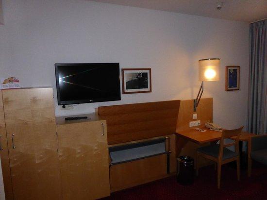 Austria Trend Hotel Messe Wien: work area