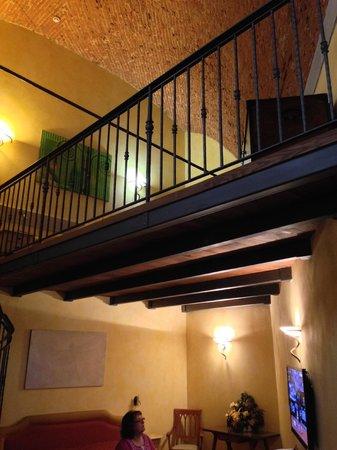 Hotel Alba Palace : Upper loft area