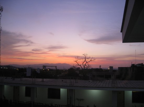 Hotel Alegria : Sunset from the roof
