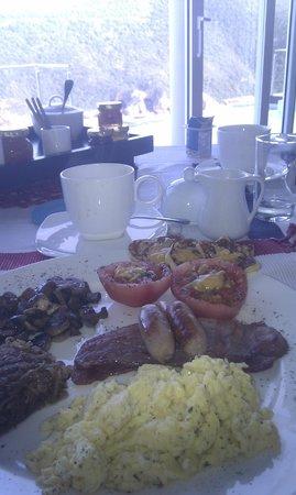Head Over Hills: Breakfast