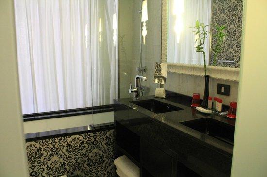 Gran Melia Colon: salle de bain