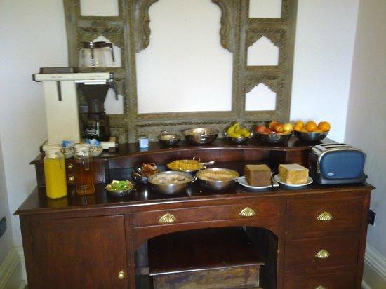 The Original Raj Hotel: Het ontbijtbuffet
