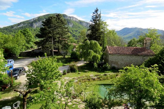 Hotel Bellier : secluded garden and a great bedroom view