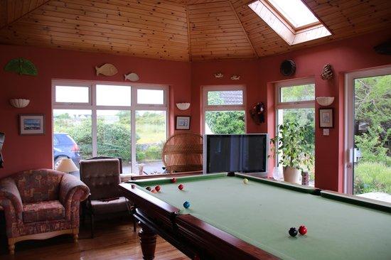 Briseadh Na Carraige: Games Room/ Lounge