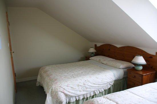 Briseadh Na Carraige: Our Room