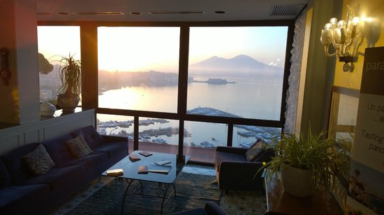 BEST WESTERN Hotel Paradiso : view from sitting area in lobby