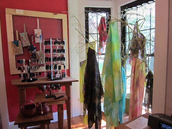 2Marthas : Small Boutique Inside