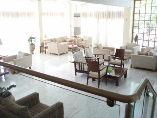 Hotel Alkyon: Pool Lounge