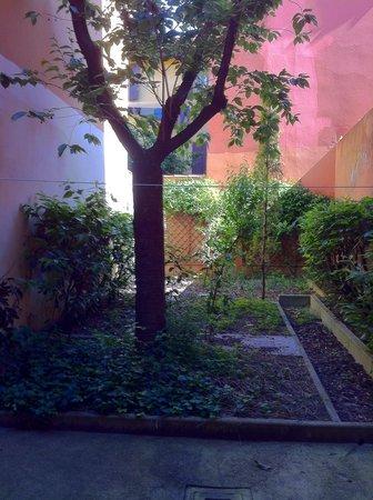 Hotel Porta San Mamolo : Corte interna privata poco utilizzabile