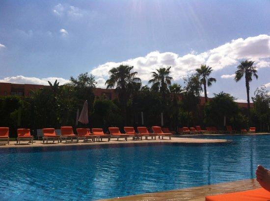 Palm Plaza Marrakech Hotel & Spa : La piscine