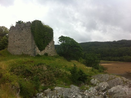 Ardno, UK: A castle with heart!