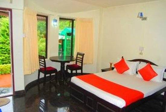 Pavithram Home Stay: COTTAGE ROOM