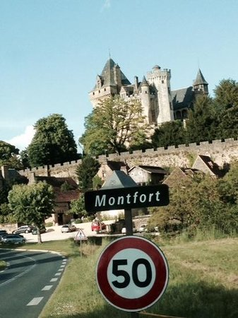Monfort Castle right near La Barde