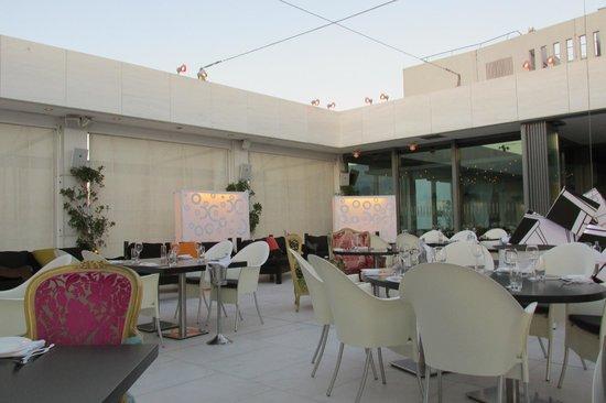Hilton Athens: Roof Top Restaurant