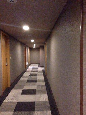 Central Hotel Tokyo: ホテル廊下