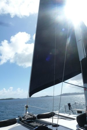Kekoa Sailing Expeditions: beautiful black sails
