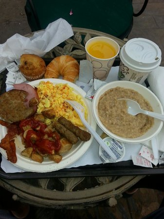 Best Western Plus Sunset Plaza Hotel: Very hefty complimentary breakfast served daily. The breakfast room isn't real big but the break