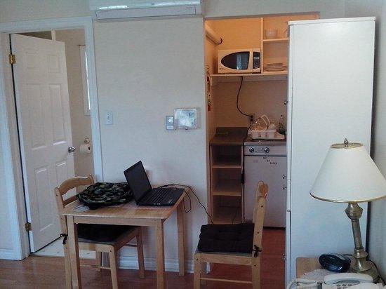 Capeway Motel : Room