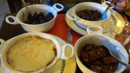 Osteria dell'Oca: tris di carni in umido con polenta grassa