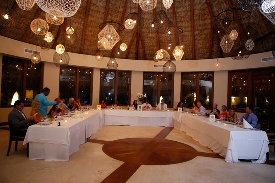 Zoetry Agua Punta Cana Piragua Restaurant