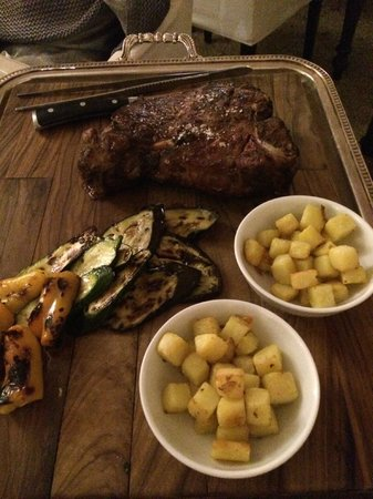 Il Salviatino: Tuscan ribeye fro two