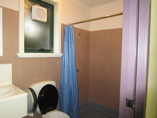 Launceston Backpackers: Double Ensuite Bathroom