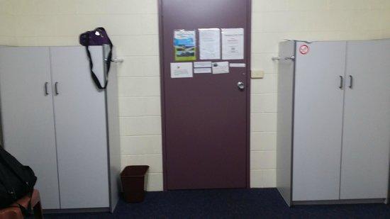 Launceston Backpackers: Single Room 3