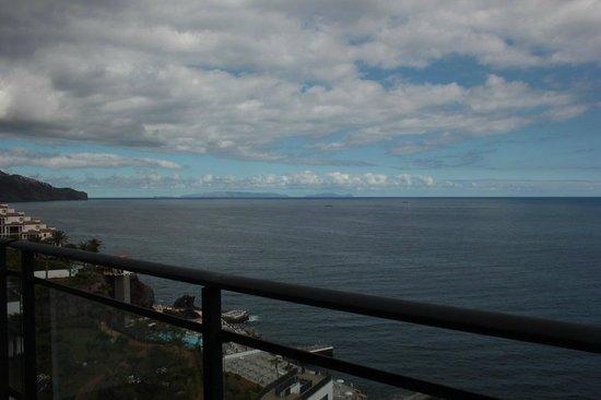 VidaMar Resort Hotel Madeira: View from 9th floor room