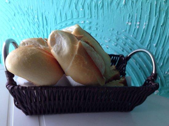 Tamboleiro Hospedagem: Pão delicioso!
