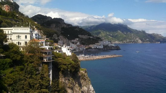 Positano Drivers: Views to Amalfi