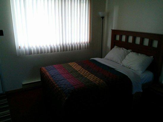 Hide Away Inn: Beds are nice